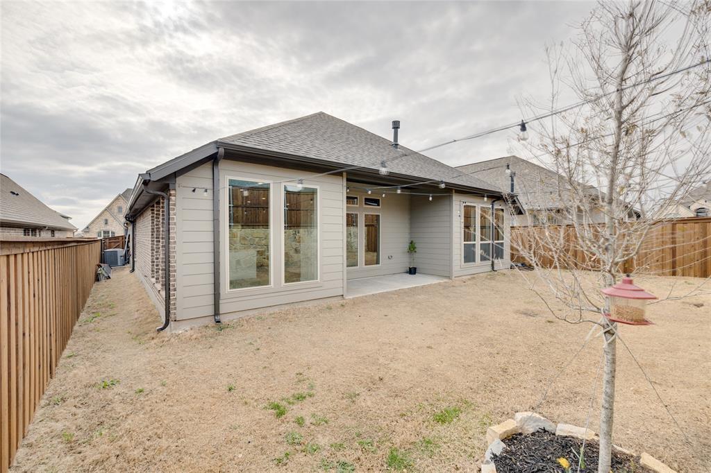 5609 Pradera  Road, Fort Worth, Texas 76126 - acquisto real estate best looking realtor in america shana acquisto