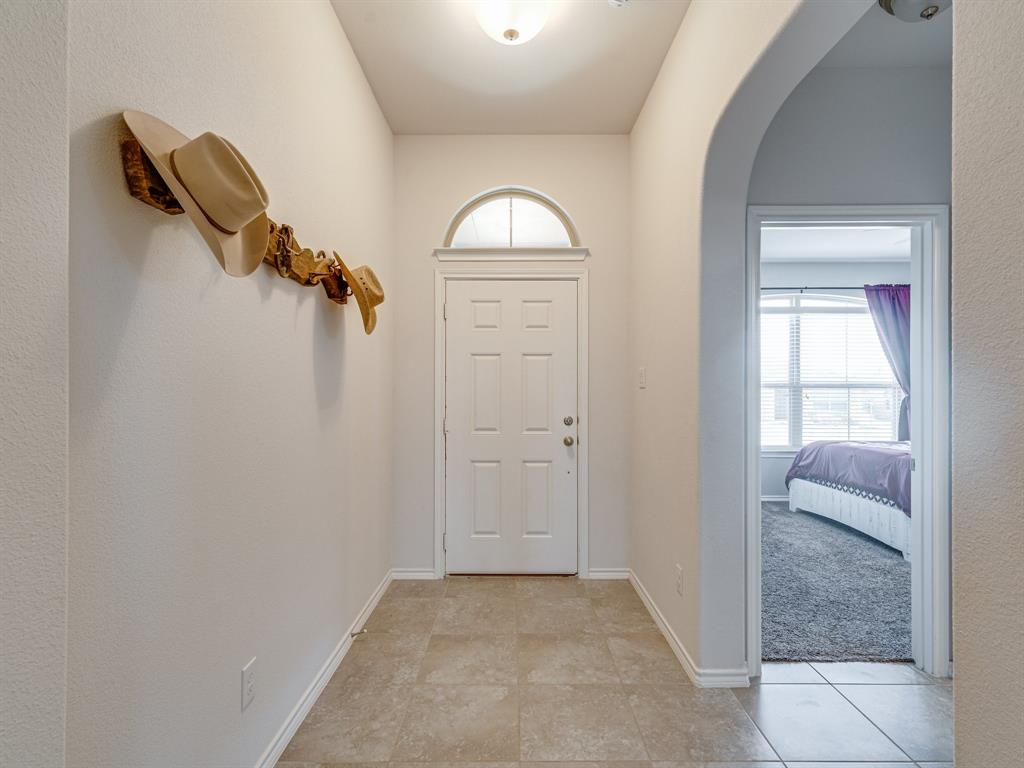 1725 Cross Creek Lane, Cleburne, Texas 76033 - acquisto real estate best celina realtor logan lawrence best dressed realtor