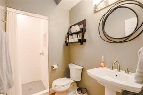 4916 Byers Avenue, Fort Worth, Texas 76107 - acquisto real estate best photos for luxury listings amy gasperini quick sale real estate