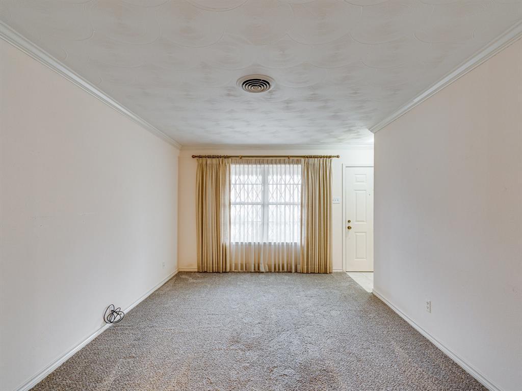 1101 Patricia Street, Irving, Texas 75060 - acquisto real estate mvp award real estate logan lawrence