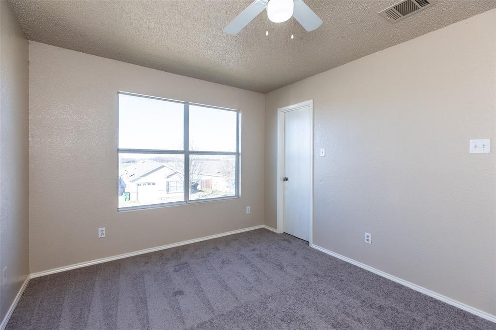 1820 Vineridge Lane, Burleson, Texas 76028 - acquisto real estate best new home sales realtor linda miller executor real estate