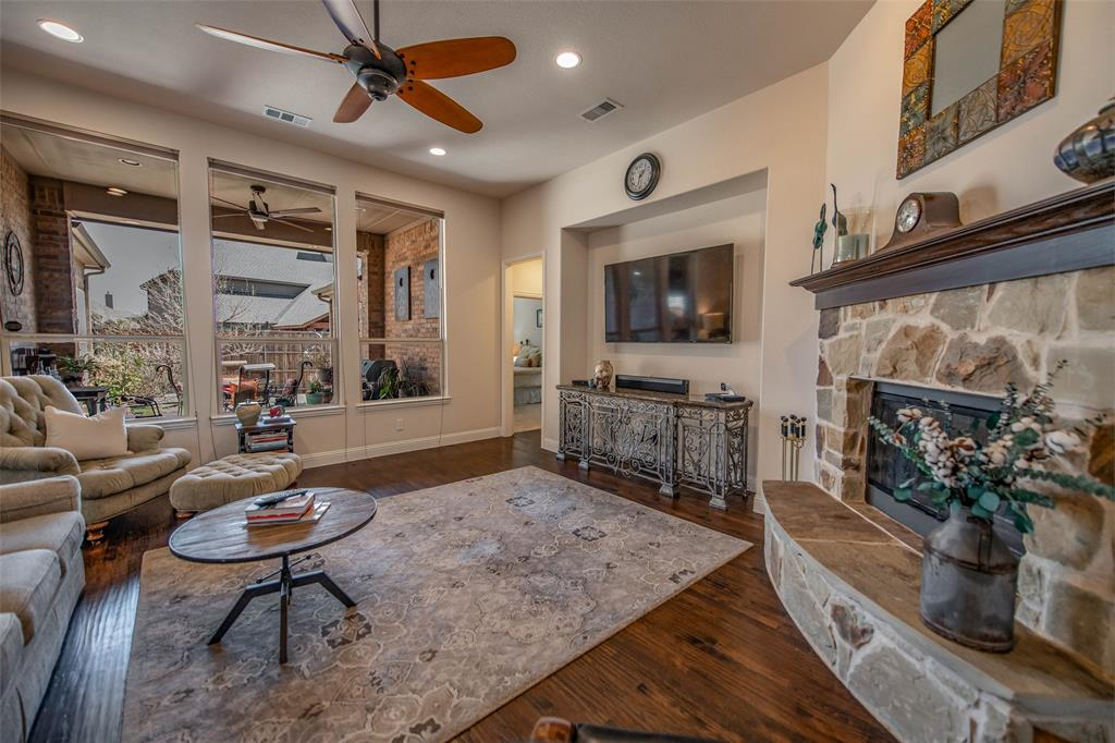 7506 Spruce  Lane, Sachse, Texas 75048 - acquisto real estate best real estate company to work for