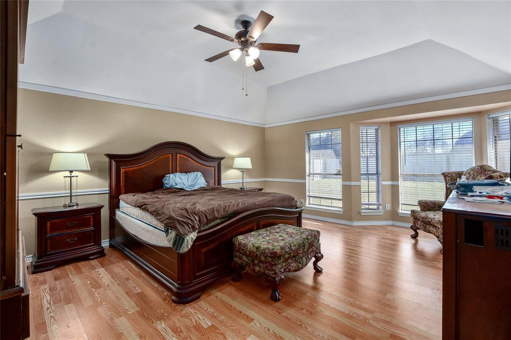 113 Dennis Drive, Cedar Hill, Texas 75104 - acquisto real estate best photos for luxury listings amy gasperini quick sale real estate