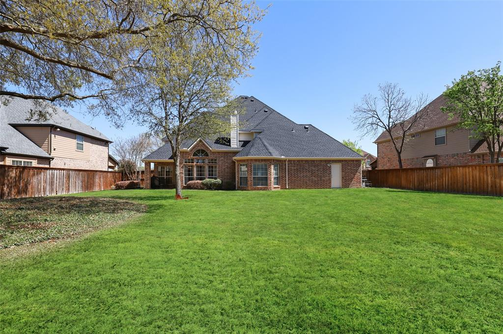 711 Montclaire Drive, Mansfield, Texas 76063 - acquisto real estate best realtor foreclosure real estate mike shepeherd walnut grove realtor