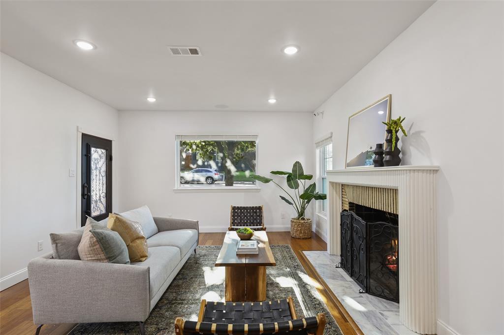 418 Montreal Avenue, Dallas, Texas 75208 - acquisto real estate best the colony realtor linda miller the bridges real estate