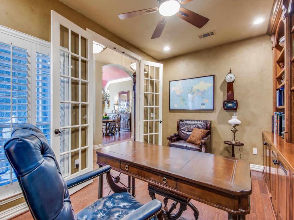 9005 Crestview Drive, Denton, Texas 76207 - acquisto real estate best the colony realtor linda miller the bridges real estate