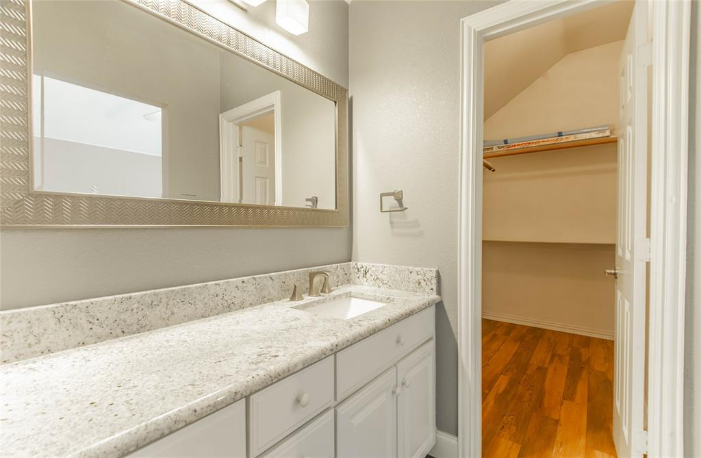 529 Salisbury Drive, Grand Prairie, Texas 75052 - acquisto real estate best negotiating realtor linda miller declutter realtor