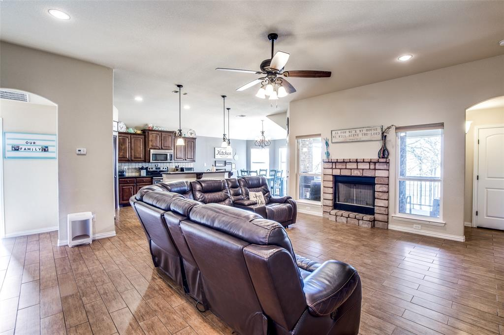 188 Sandpiper  Drive, Weatherford, Texas 76088 - acquisto real estate best real estate company in frisco texas real estate showings
