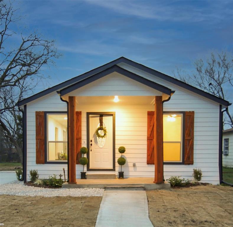 4506 Pickett Street, Greenville, Texas 75401 - acquisto real estate best allen realtor kim miller hunters creek expert