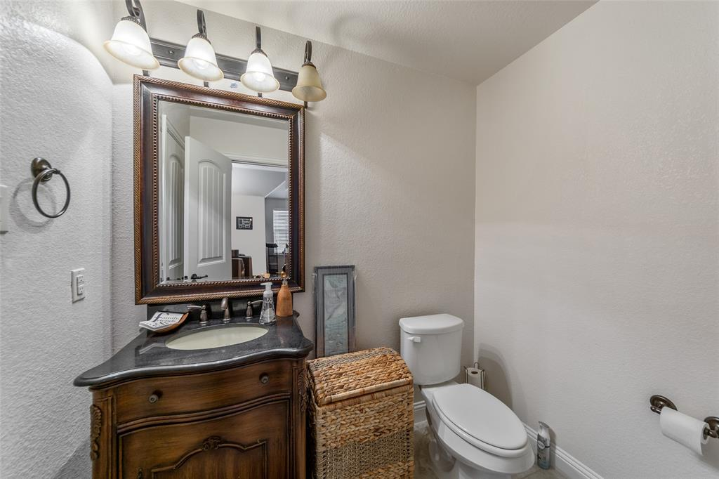 4021 Roxbury Street, Denton, Texas 76210 - acquisto real estaet best boutique real estate firm in texas for high net worth sellers