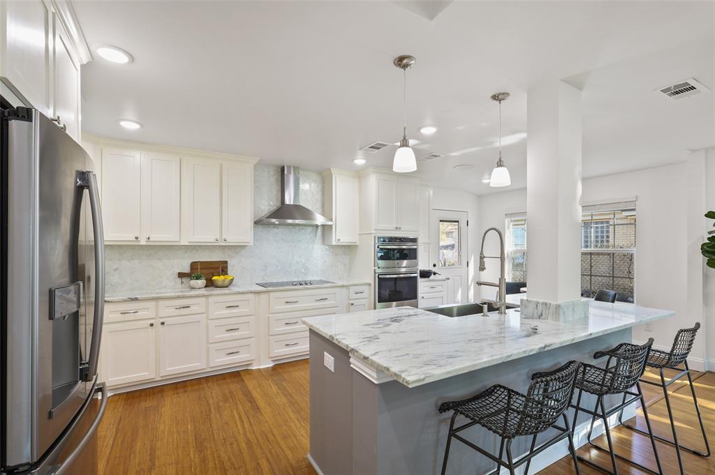418 Montreal Avenue, Dallas, Texas 75208 - acquisto real estate best celina realtor logan lawrence best dressed realtor