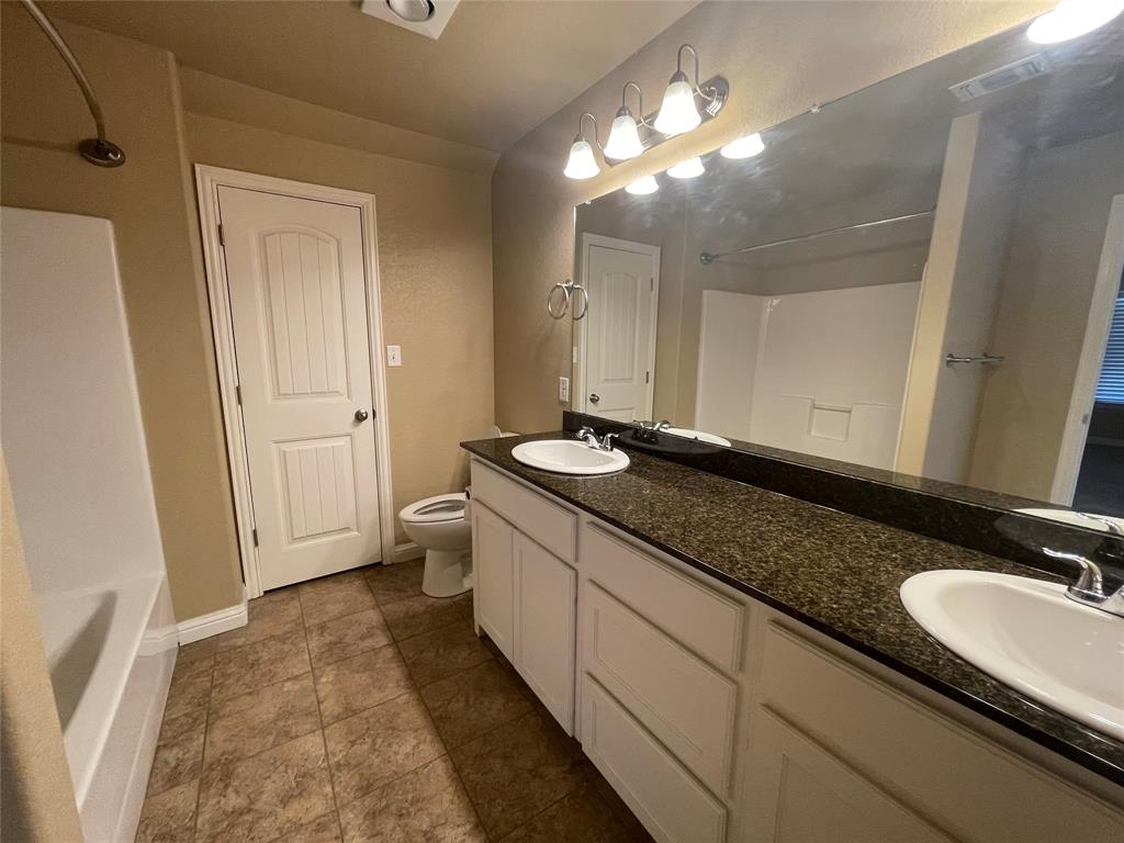3123 Weave Court, Granbury, Texas 76049 - acquisto real estate best celina realtor logan lawrence best dressed realtor