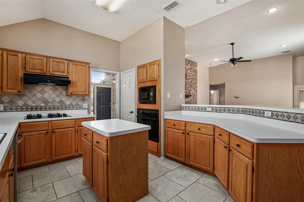 2417 Bent Brook Drive, Mesquite, Texas 75181 - acquisto real estate best style realtor kim miller best real estate reviews dfw