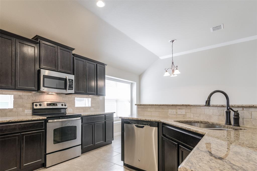 1605 Medina  Lane, Prosper, Texas 75078 - acquisto real estate best highland park realtor amy gasperini fast real estate service