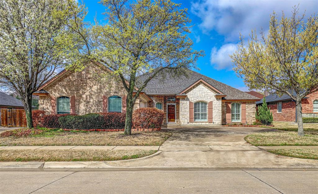 7029 Ridge Crest  Drive, North Richland Hills, Texas 76182 - Acquisto Real Estate best plano realtor mike Shepherd home owners association expert