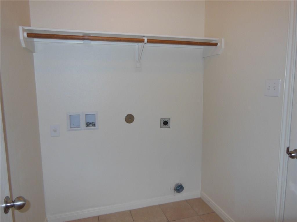 110 Dodge City Court, Newark, Texas 76071 - acquisto real estate best prosper realtor susan cancemi windfarms realtor