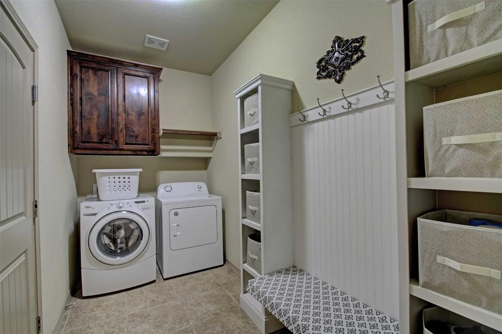 1684 Fraser Drive, Burleson, Texas 76028 - acquisto real estate best realtor westlake susan cancemi kind realtor of the year