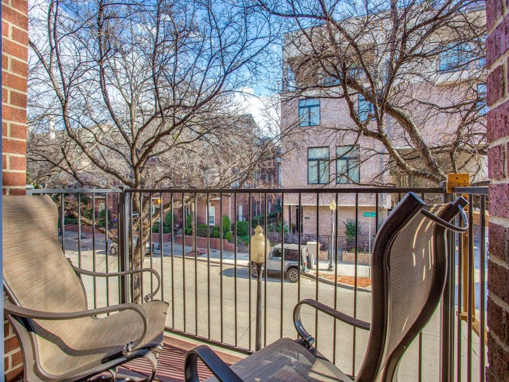 2813 State Street, Dallas, Texas 75204 - acquisto real estaet best boutique real estate firm in texas for high net worth sellers