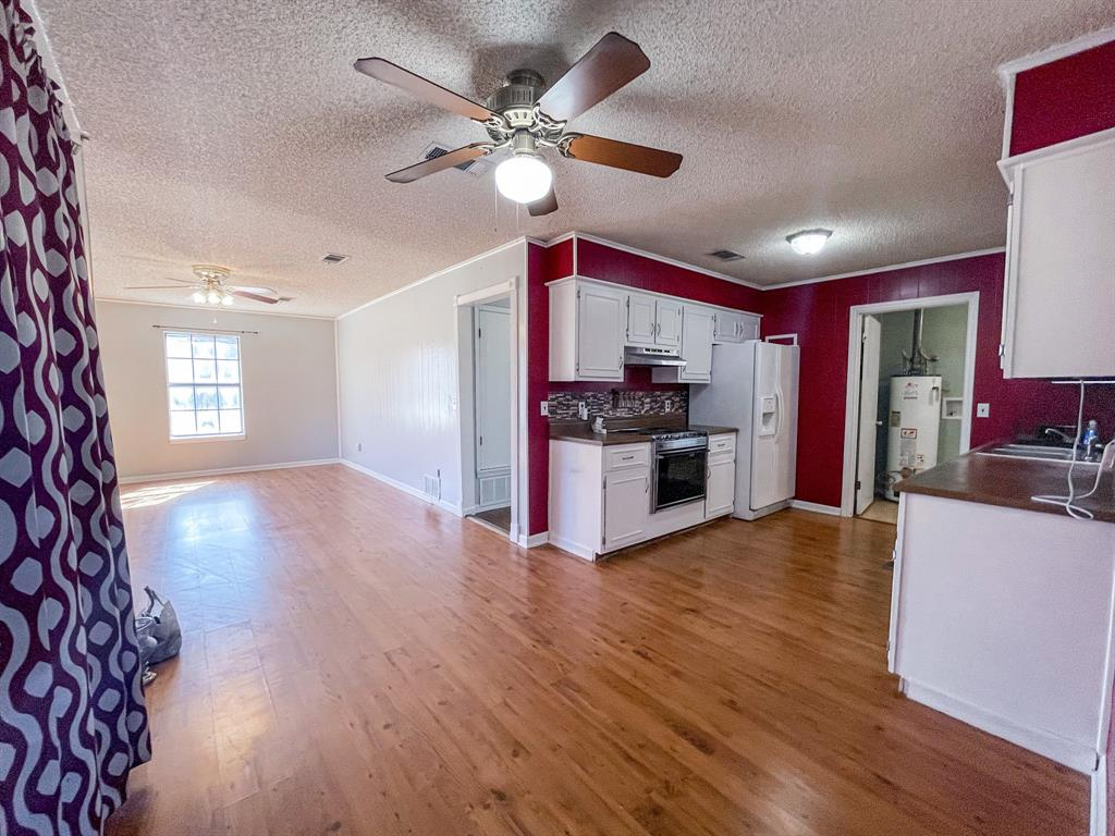 107 N St John St Bogata, Texas 75417 - acquisto real estate best highland park realtor amy gasperini fast real estate service