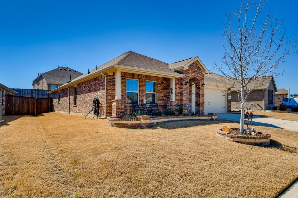 9245 Flying Eagle  Lane, Fort Worth, Texas 76131 - Acquisto Real Estate best mckinney realtor hannah ewing stonebridge ranch expert