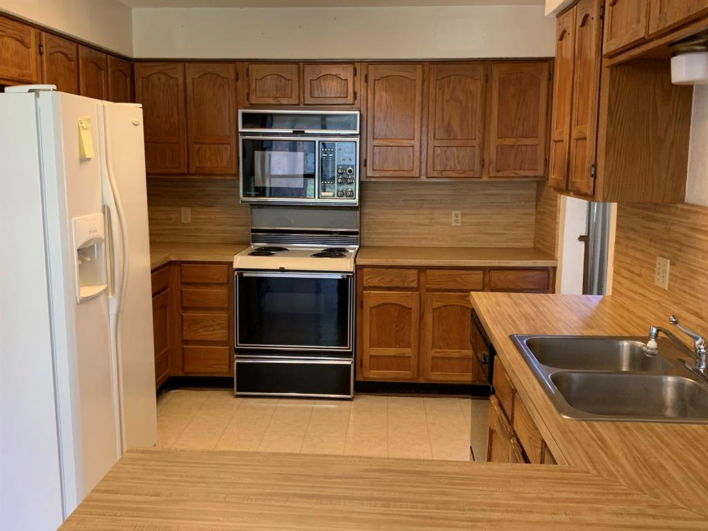 712 Whistler Drive, Arlington, Texas 76006 - acquisto real estate best celina realtor logan lawrence best dressed realtor