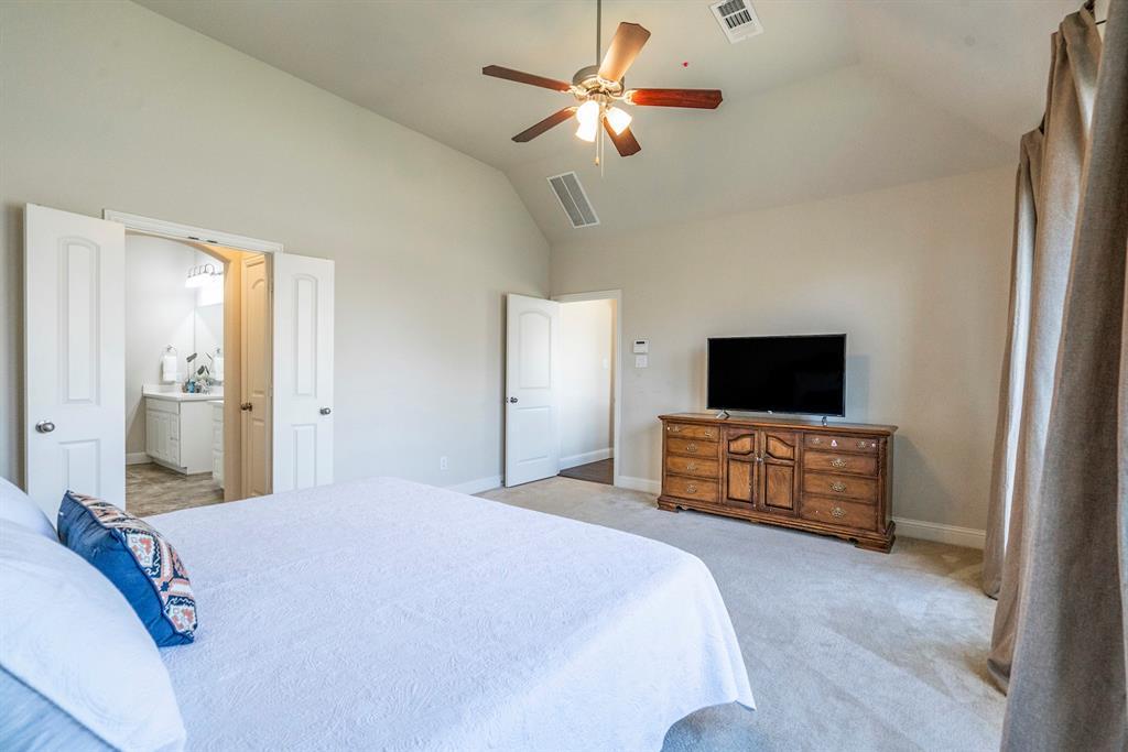 837 Fireside  Drive, Little Elm, Texas 76227 - acquisto real estate best realtor foreclosure real estate mike shepeherd walnut grove realtor