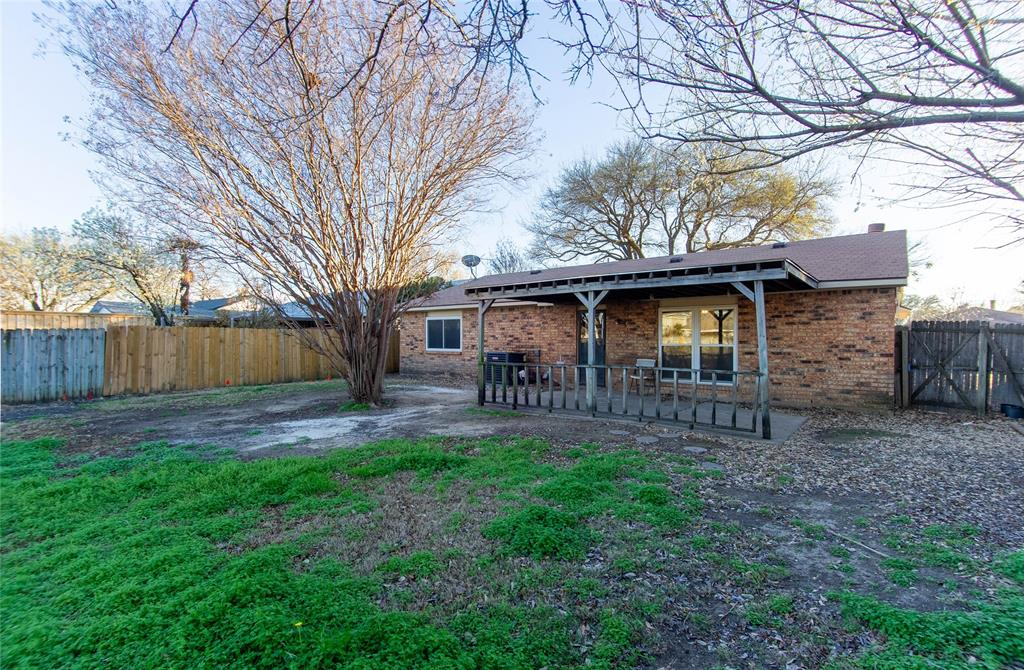 6105 Magnolia Lane, Rowlett, Texas 75089 - acquisto real estate best realtor foreclosure real estate mike shepeherd walnut grove realtor
