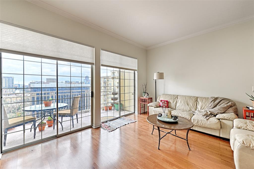 3225 Turtle Creek  Boulevard, Dallas, Texas 75219 - acquisto real estate best celina realtor logan lawrence best dressed realtor