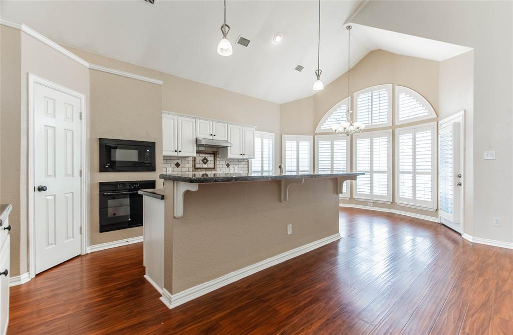 529 Salisbury Drive, Grand Prairie, Texas 75052 - acquisto real estate best real estate company in frisco texas real estate showings