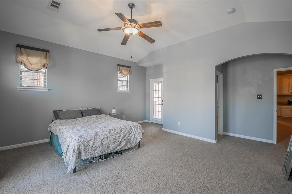 8616 Augustine Road, Irving, Texas 75063 - acquisto real estate best photo company frisco 3d listings