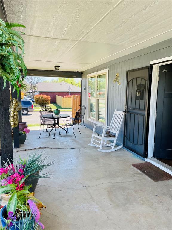 1126 Morningside Drive, Fort Worth, Texas 76104 - acquisto real estate best prosper realtor susan cancemi windfarms realtor