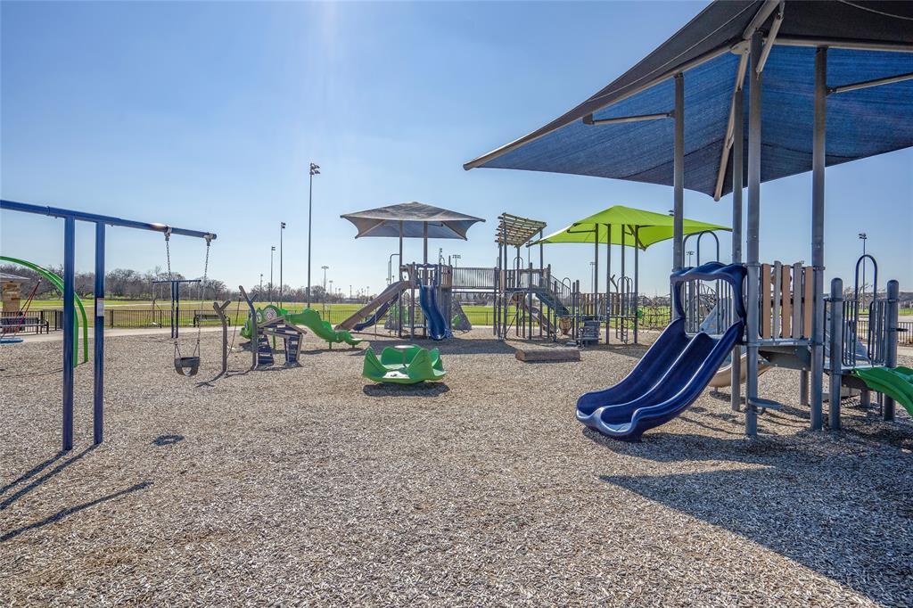 4309 Saddleback Lane, Southlake, Texas 76092 - acquisto real estate best realtor dallas texas linda miller agent for cultural buyers
