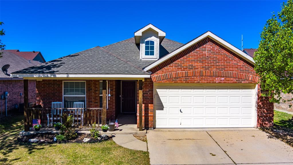 1643 Hillside  Drive, Waxahachie, Texas 75165 - acquisto real estate best luxury home specialist shana acquisto