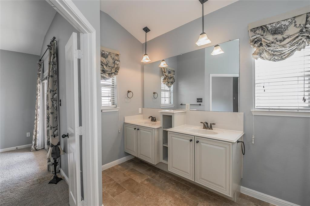 8616 Augustine Road, Irving, Texas 75063 - acquisto real estaet best boutique real estate firm in texas for high net worth sellers