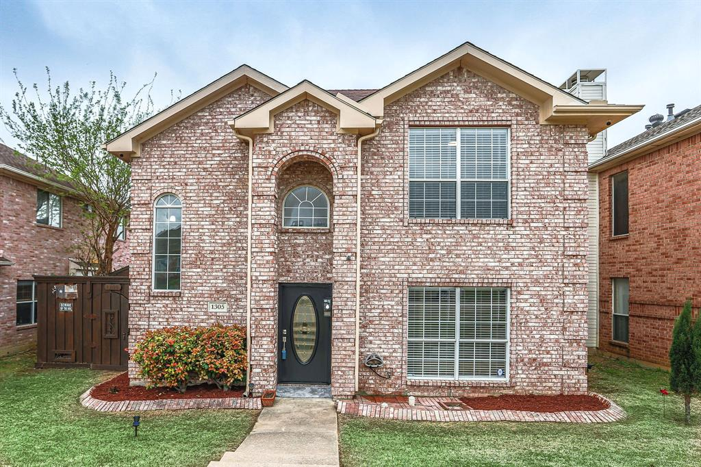 1305 Dallshan Drive, Carrollton, Texas 75007 - Acquisto Real Estate best mckinney realtor hannah ewing stonebridge ranch expert