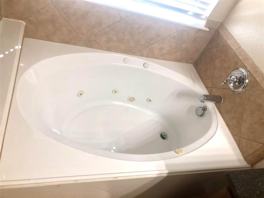 2207 Clark Trail, Grand Prairie, Texas 75052 - acquisto real estate best new home sales realtor linda miller executor real estate