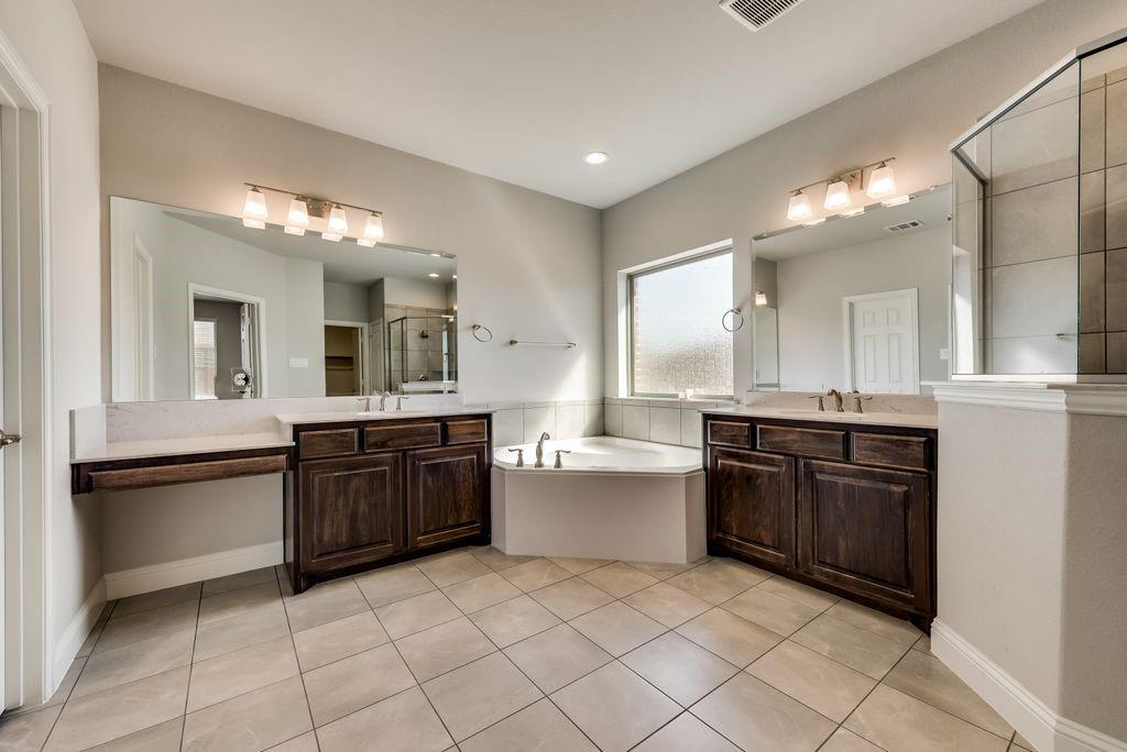 420 Foxtail Court, Waxahachie, Texas 75165 - acquisto real estate best listing agent in the nation shana acquisto estate realtor
