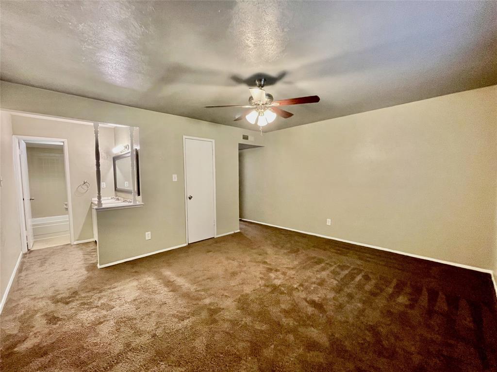 2226 Pennington  Drive, Arlington, Texas 76014 - acquisto real estate best investor home specialist mike shepherd relocation expert