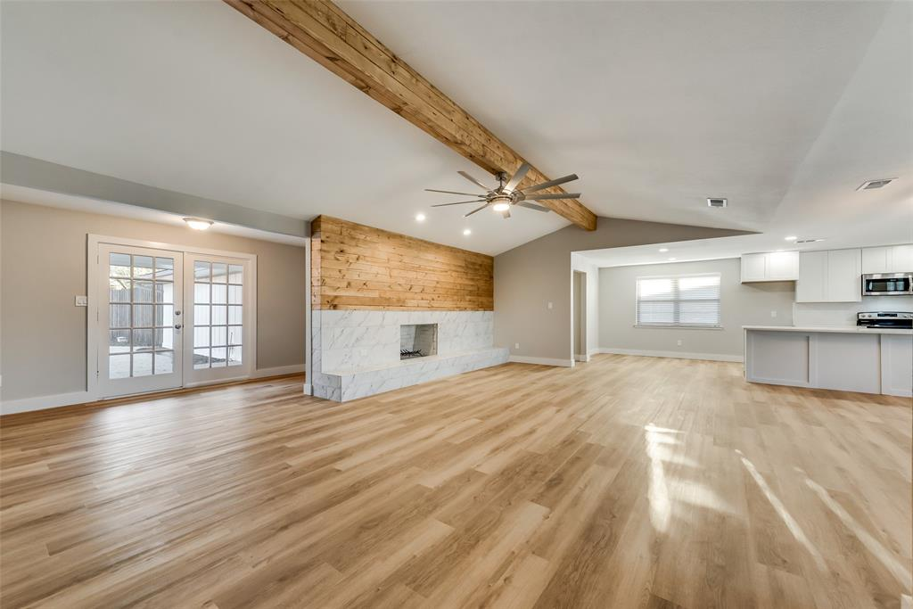 1514 Northland Street, Carrollton, Texas 75006 - acquisto real estate best real estate company to work for