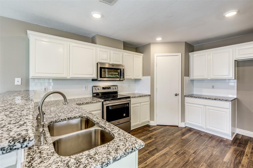 823 Ogden Drive, Arlington, Texas 76001 - acquisto real estate best listing agent in the nation shana acquisto estate realtor