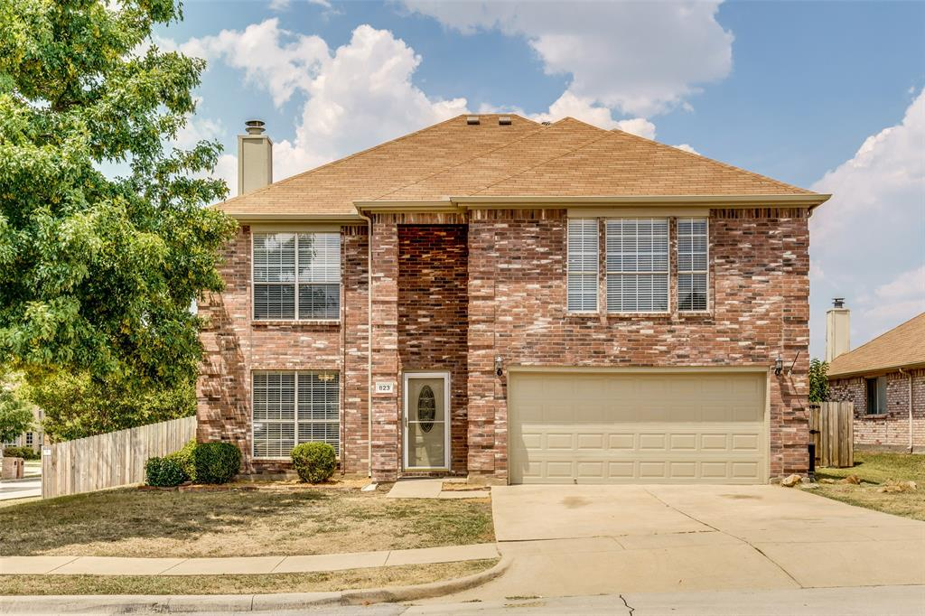 823 Ogden Drive, Arlington, Texas 76001 - Acquisto Real Estate best plano realtor mike Shepherd home owners association expert