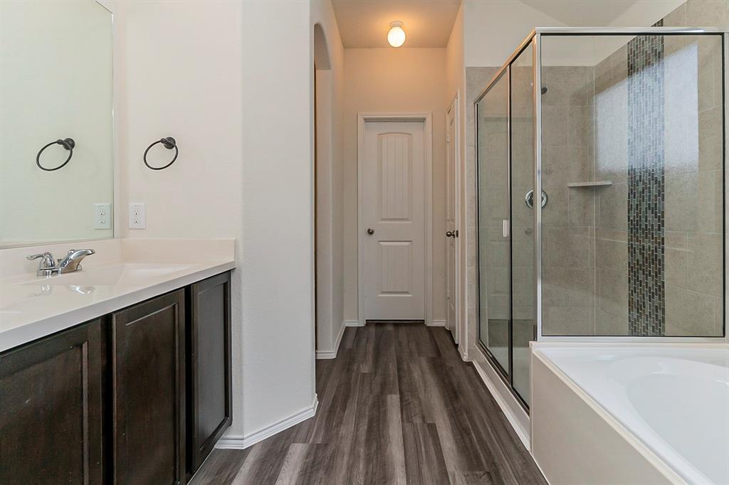 452 Saguaro  Drive, Fort Worth, Texas 76052 - acquisto real estate best highland park realtor amy gasperini fast real estate service