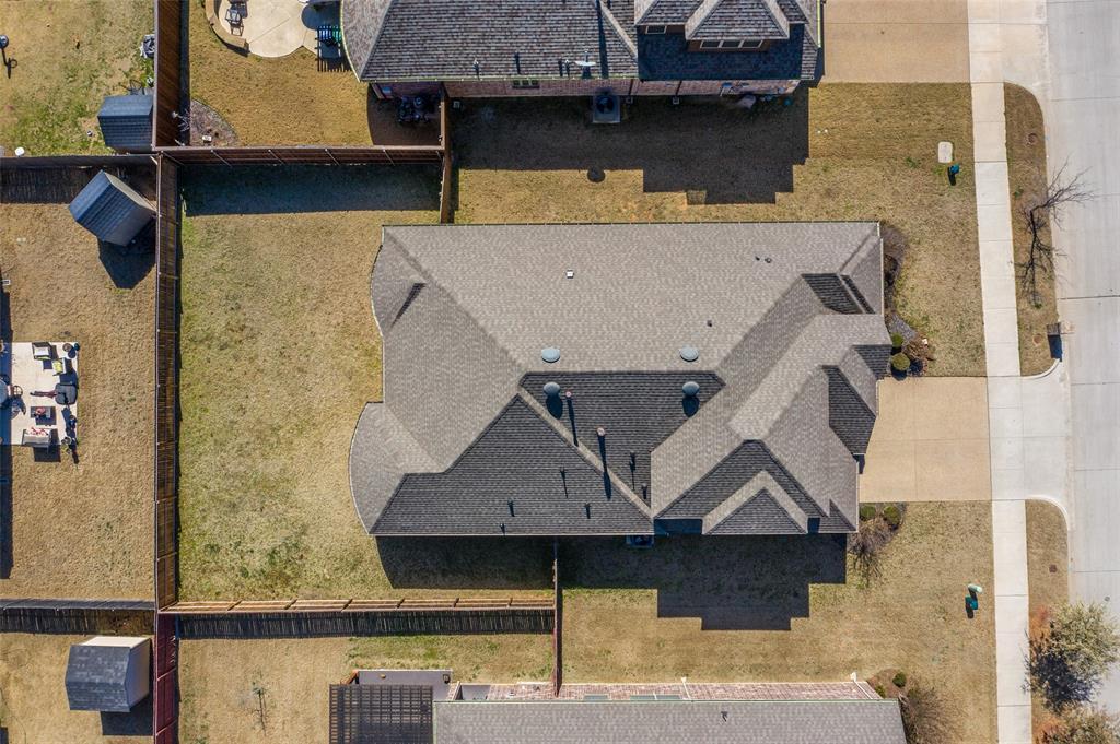4021 Roxbury Street, Denton, Texas 76210 - acquisto real estate best negotiating realtor linda miller declutter realtor