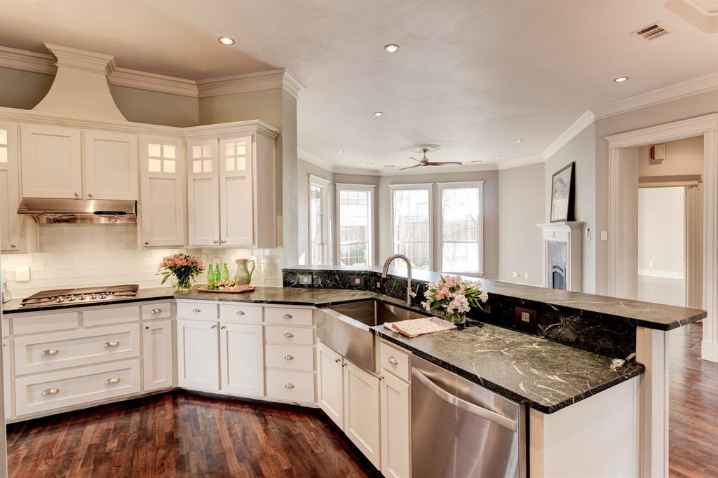 4700 Village Oak Drive, Arlington, Texas 76017 - acquisto real estate best style realtor kim miller best real estate reviews dfw