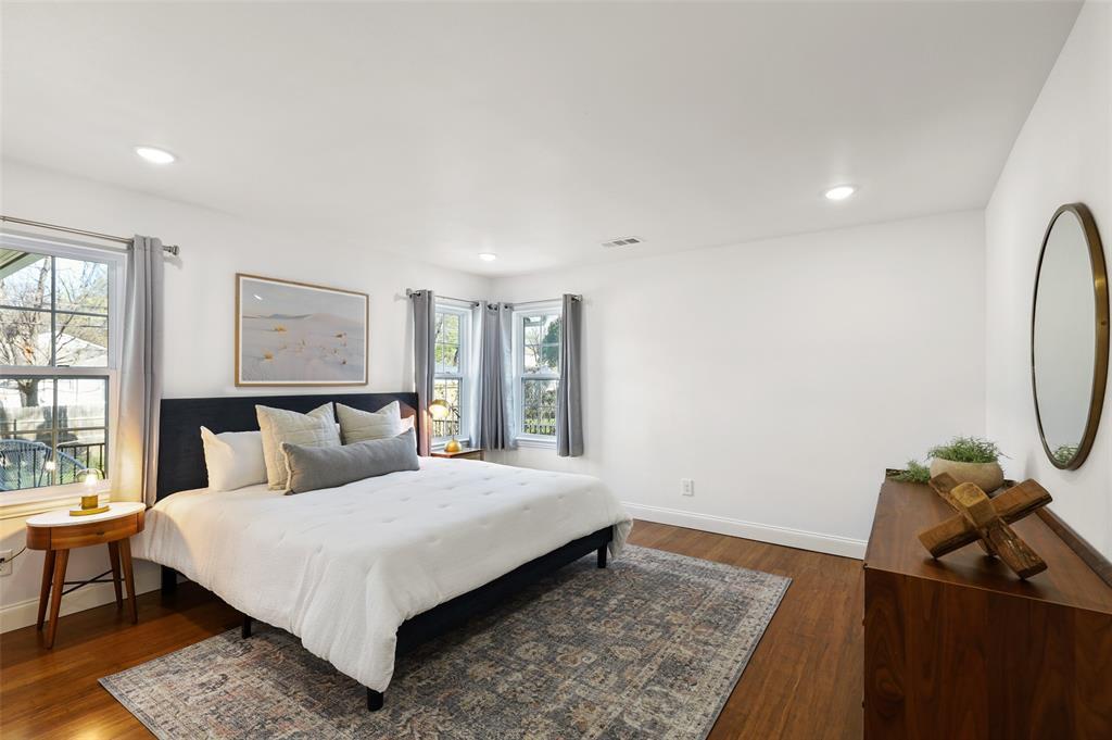 418 Montreal Avenue, Dallas, Texas 75208 - acquisto real estate best real estate company to work for