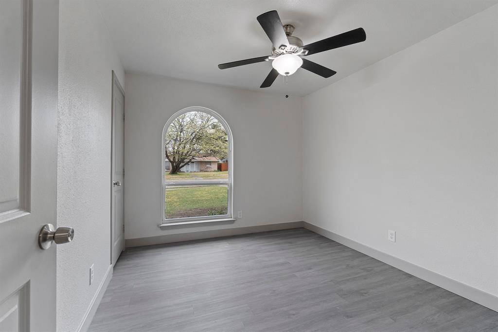 2026 Edna Smith  Drive, Garland, Texas 75040 - acquisto real estaet best boutique real estate firm in texas for high net worth sellers