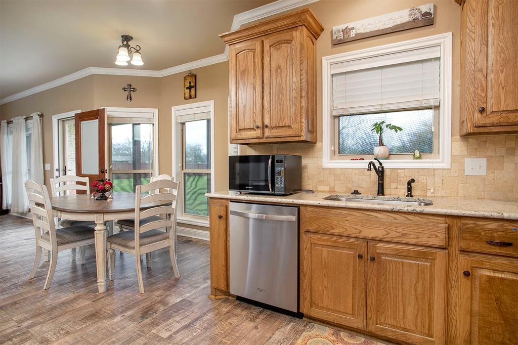 180 Bois D Arc  Street, Van, Texas 75790 - acquisto real estate best allen realtor kim miller hunters creek expert