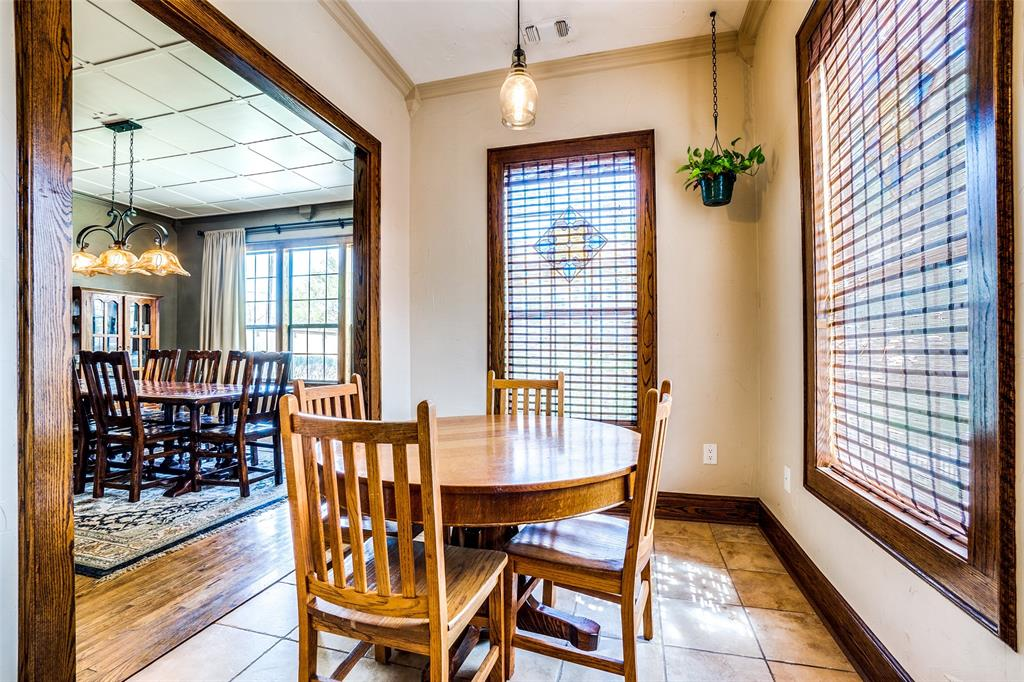 4612 Live Oak Street, Dallas, Texas 75204 - acquisto real estate best celina realtor logan lawrence best dressed realtor