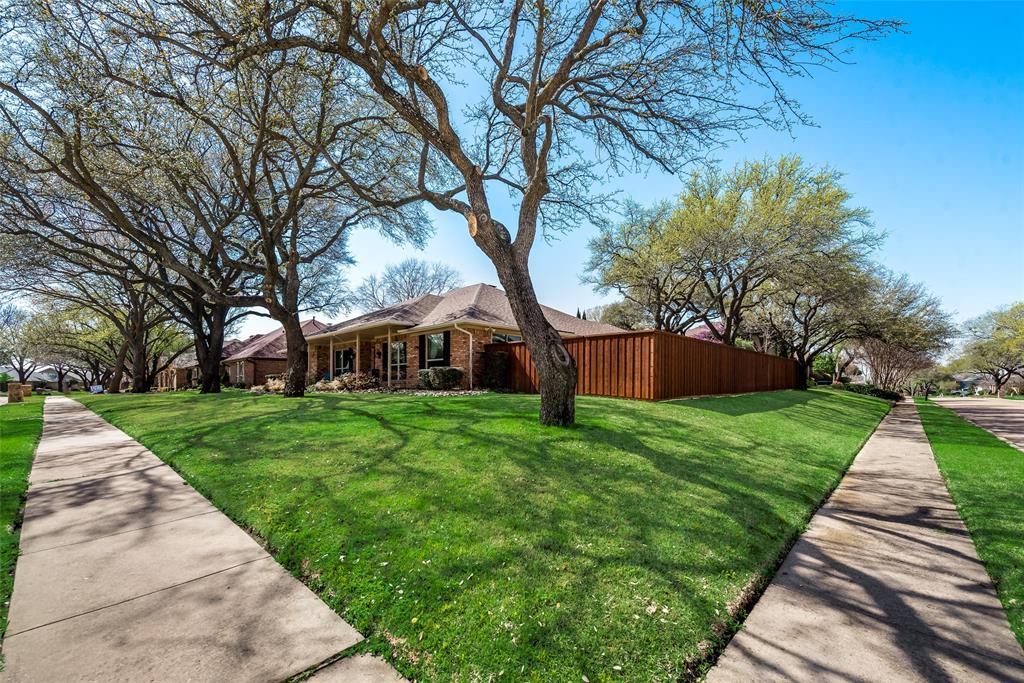 1100 Yorkshire  Drive, Carrollton, Texas 75007 - acquisto real estate best prosper realtor susan cancemi windfarms realtor