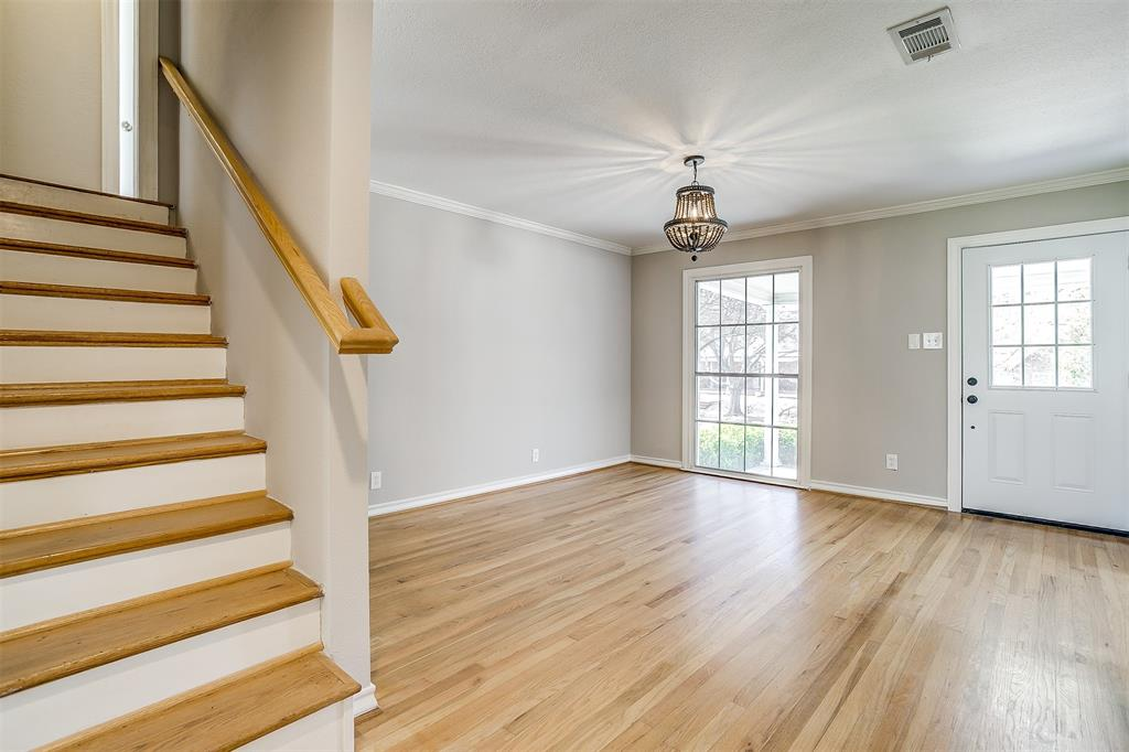 2939 6th Avenue, Fort Worth, Texas 76110 - acquisto real estate best real estate company in frisco texas real estate showings